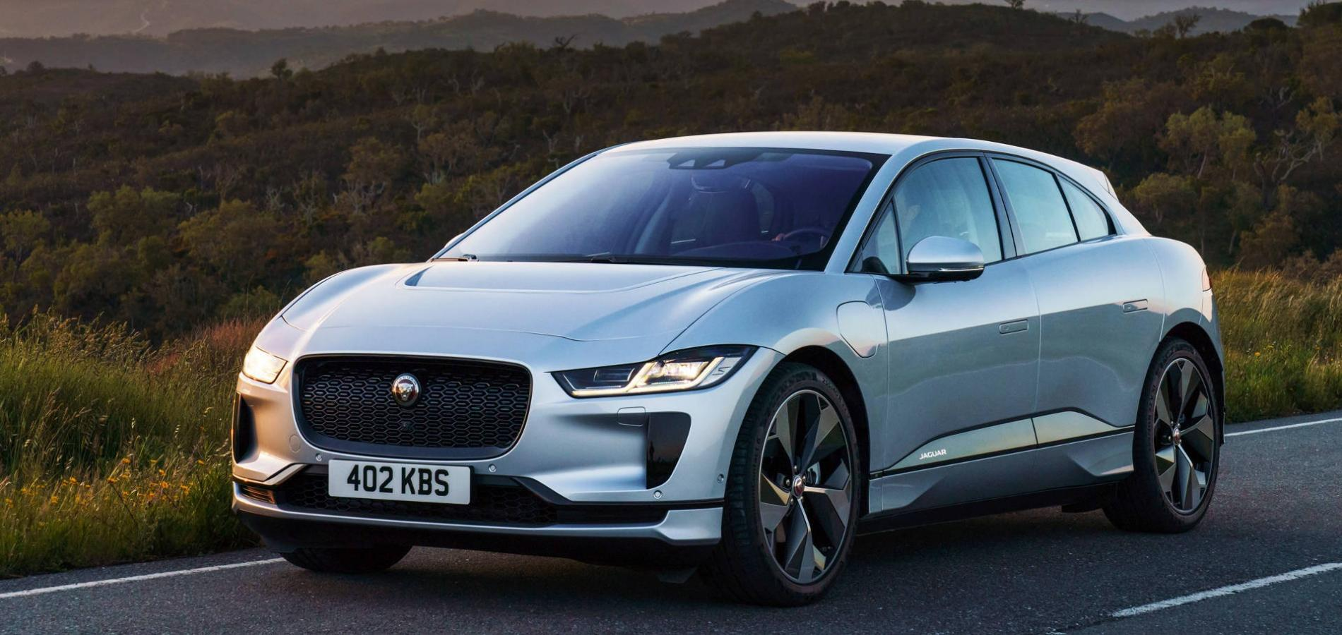 Jaguar I-Pace silver in the sunset
